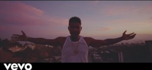 Usher – Peace Sign